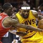 LeBron James despierta y guía triunfo de Cavs sobre Bulls