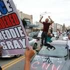 Grande júri indicia policiais pela morte de Freddie Gray ...