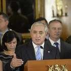 Presidente de Guatemala despide a parte de su gabinete