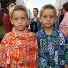 Gêmeos de 'Friends' se formam na Universidade de NY