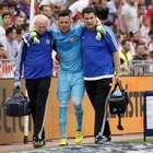 Corte? Diego Alves sofre lesão no joelho e preocupa Brasil