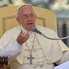 """Papa Francisco califica de """"salvajadas"""" agresiones a River"""