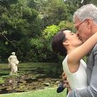 Casados, Maria Prata e Pedro Bial postam foto de beijo