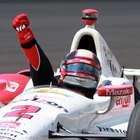 Santos celebra triunfo de Montoya en Indianápolis