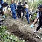Malasia encuentra 139 tumbas de víctimas del tráfico humano