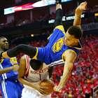 La escalofriante caída de Curry que enmudeció a la NBA