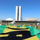vc repórter: manifestantes pedem impeachment de Dilma no DF