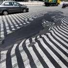 Calor de quase 50 °C faz asfalto derreter na Índia