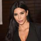 Kim Kardashian sufre aparatoso accidente en la nieve