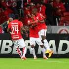 Inter de Porto Alegre remonta a Santa Fe y va a Semifinales