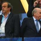 ¡No se pueden ni ver! Platini quiere sacar a Blatter de FIFA