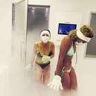 Lindsay Lohan faz terapia de congelamento para corpo