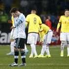 Messi buscó a Cardona en el camerino para darle su camiseta