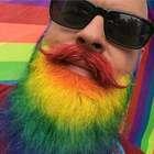 Barba colorida? Tingir é nova moda entre homens descolados