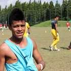 Sem Robinho, Santos relaciona atacante promessa de 18 anos