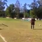 El gol de penalti más tonto del mundo