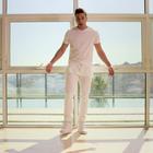 Prince Royce encanta con su romanticismo en 'Extraordinary'