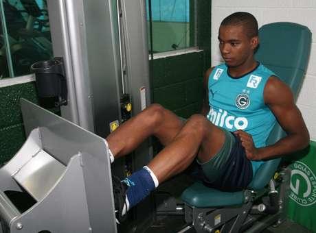 Thiago Mendes decidirá se vai para São Paulo ou Palmeiras
