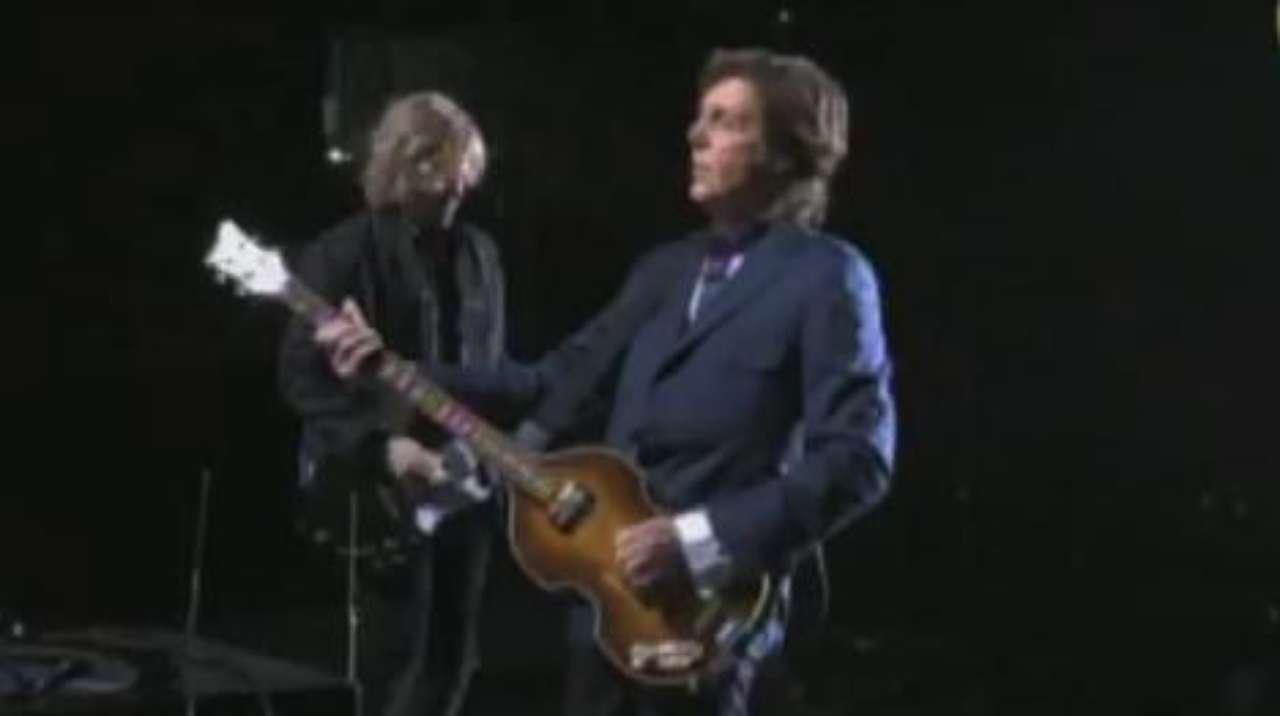Show de Paul McCartney em SP: confira trecho de Save Us