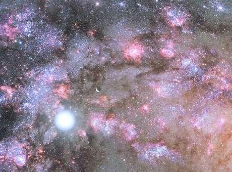 Nasa descobre local de formação de galáxia antiga