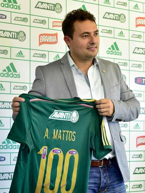 fa837f80eb Novo diretor elogia Nobre e não vê Palmeiras atrás de rivais