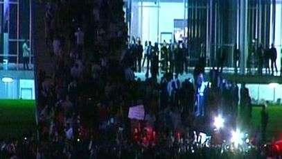 Manifestantes ocupam rampa do Congresso Nacional