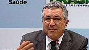 Médicos brasileiros são a prioridade, diz ministro da Saúde