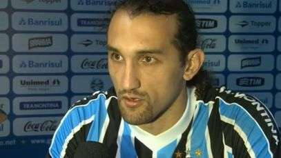 Barcos fala em desabafo após marcar no Corinthians