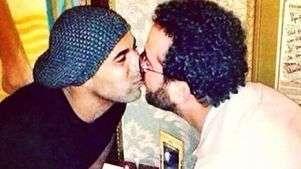 'Queria um selinho do Sheik', admite líder de torcida gay
