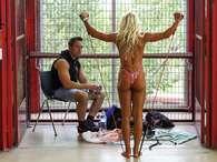 Evento de Schwarzenegger reúne elite do fisiculturismo; veja