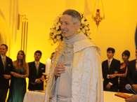 """Padre Marcelo Rossi faz apelo: """"nunca vote em um religioso"""""""
