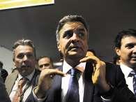 """Oposição diz que equipe econômica é """"estelionato eleitoral"""""""