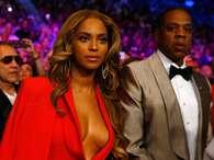 Beyoncé usa decote ousado em luta de boxe, em Las Vegas