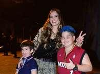 Mulher de Faustão celebra 38 anos com festa para famosos