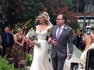 Eduardo Sterblitch se casa com atriz em festa com famosos