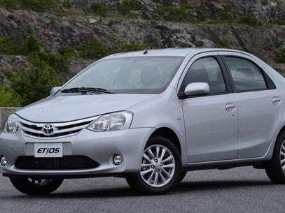 Toyota Etios deve chegar ao país em setembro por cerca de R$ 27 000, na versão hatch com motor 1.3 Flex. Foto: Divulgação