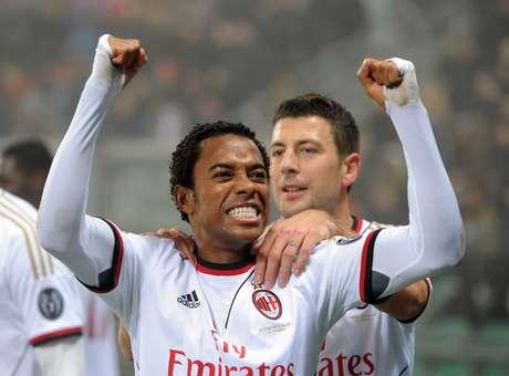 Chegada de Robinho por empréstimo ganha força no Flamengo