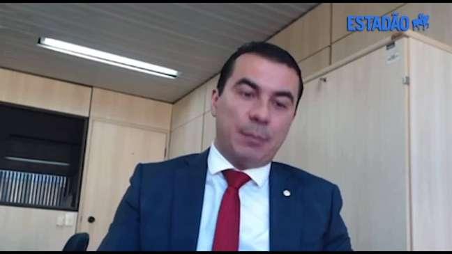 À PF, Luis Miranda diz que mostrou a Bolsonaro nota fiscal da Covaxin e citou irregularidades