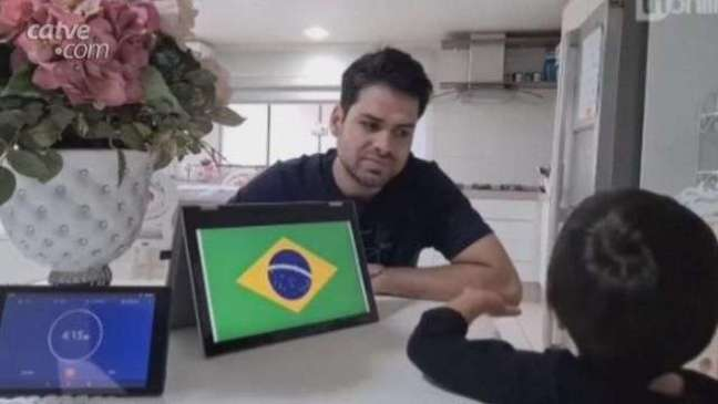 Paranaense de 3 anos quebra recorde mundial ao identificar mais de 240 bandeiras