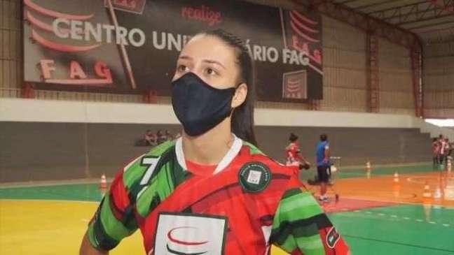 Thaís Fermo vive expectativa para defender Seleção Brasileira de Handebol