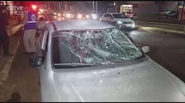 Ciclista fica gravemente ferido ao ser atingido por carro em Toledo