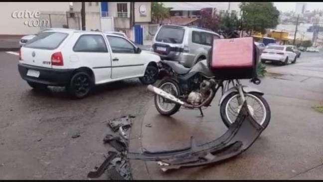 Motociclista fica ferido em acidente de trânsito ocorrido no Centro