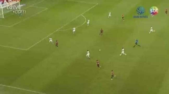 Athletico bate o Coritiba no clássico e cola na parte de cima da tabela