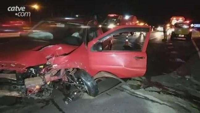 Condutor fica em estado grave após acidente de trânsito na BR 277 em Cascavel