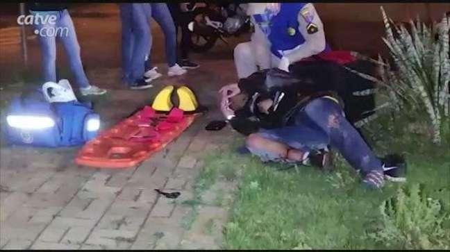 Motociclista sofre fratura na perna em acidente no Bairro Cancelli