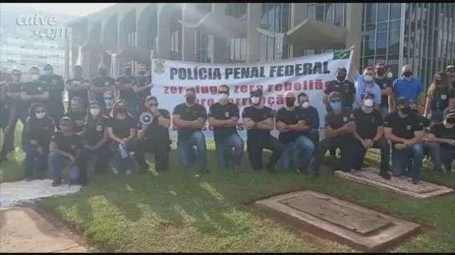 Manifestações pedem regulamentação da Polícia Penal Federal