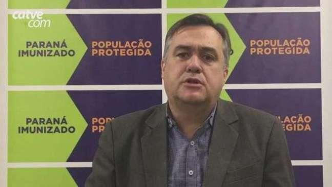 """Vacinação: """"Calendário pode ser antecipado em algumas cidades"""" diz Beto Preto"""