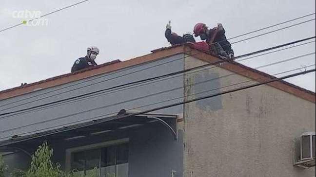 Homem tem 50% do corpo queimado por choque elétrico em Campo Bonito