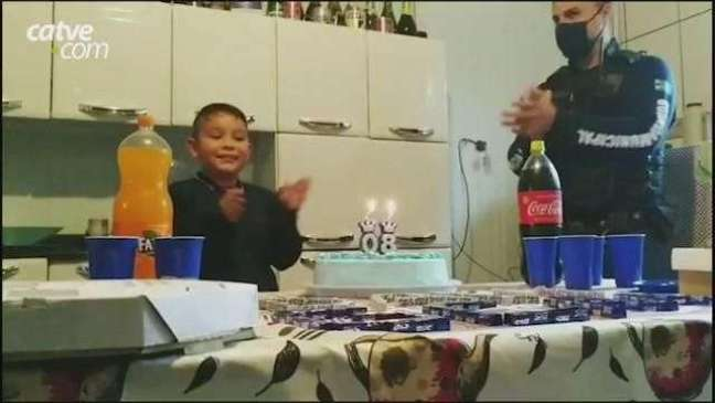 Menino fã da Guarda Municipal de Toledo recebe surpresa de aniversário