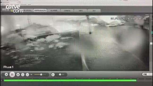 Câmera de Segurança registra grave acidente no Bairro Parque São Paulo